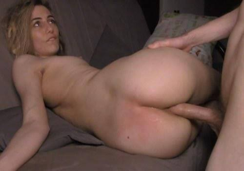 Big ass gal enjoys her first hardcore gonzo casting session